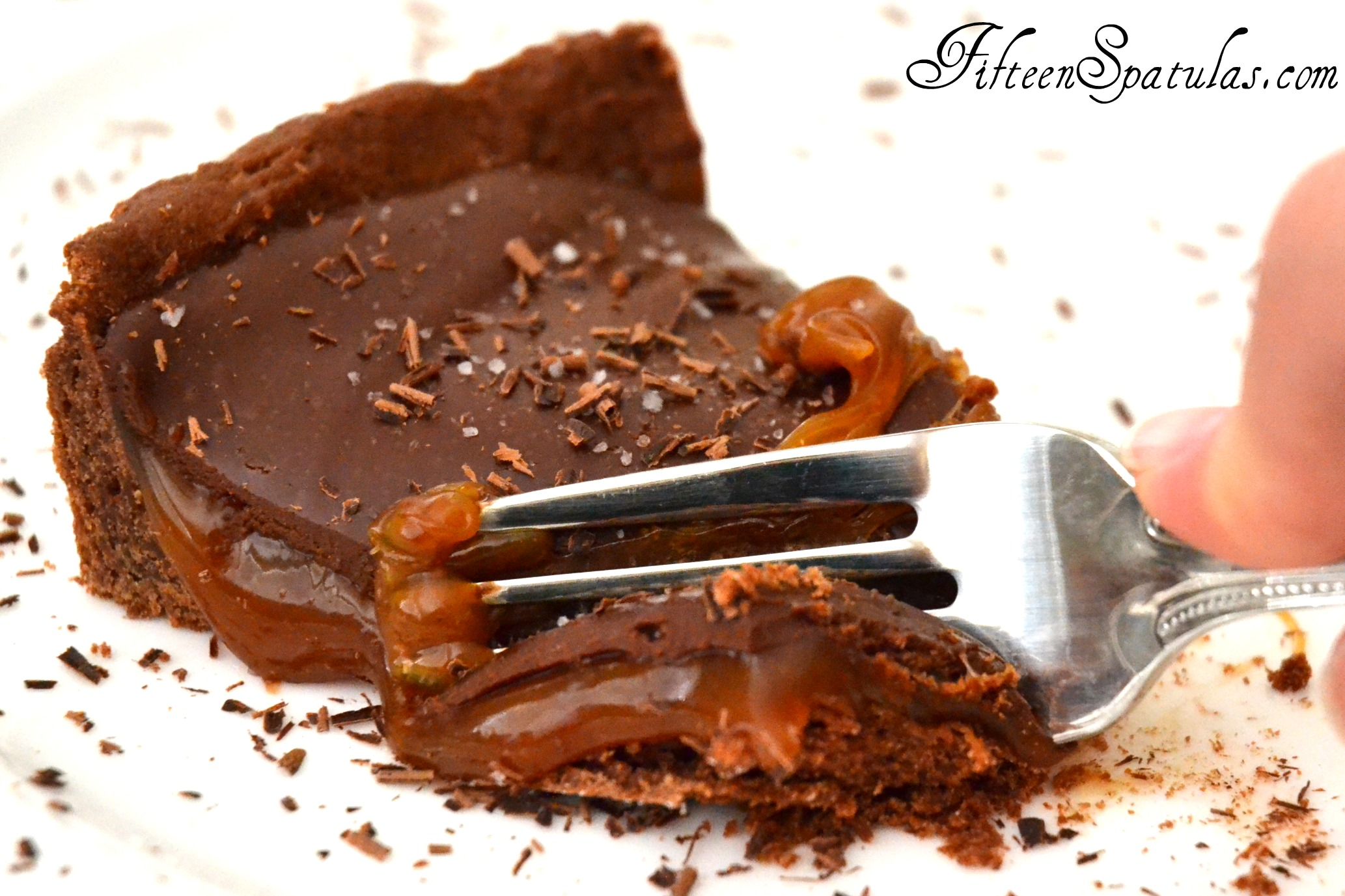 Salted Caramel Chocolate Ganache Tarts with Cookie Crust |